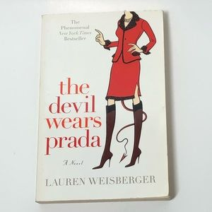 📖 THE DEVIL WEARS PRADA